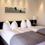  A King Size bed awaits you in the luxurious Captain Suite