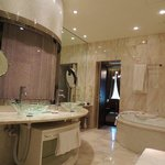  Bathroom in Junior Suite
