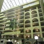 Foto di Embassy Suites Raleigh - Crabtree