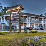 Topsail Shores Inn