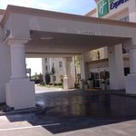  Holiday Inn Express Stockton, California