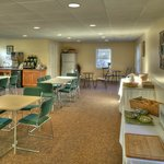  Our continental breakfast room, in season