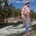  Guide Rene brings the Voyageurs to life at historic Five Finger Rapids