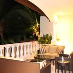  Main terrace at night (Estates 3-Bedroom Residence)