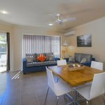  Executive 2Bed Aprt - lounge/kitchen area