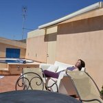  La Jacuzzi e i divani sul terrazzino