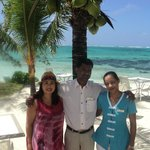  With restaurant manager and waitress - excellent service!