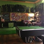  Chill out in the Caledonian Backpackers Bar