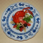 One of the popular dishes: salade with lobster