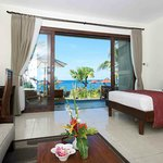  All rooms has Seaview