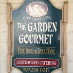The Garden Gorumet Greeting Sign