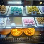  The popular macarons, I like the lemon and orange flavors