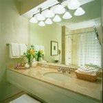  Guestroom bathroom