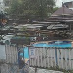 Blick zum Pool inkl. Elektroinstallation made in Thailand ;-)