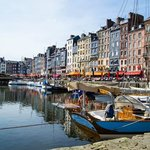  Lovely harbour in Honfleur