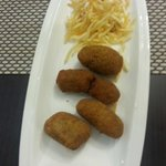  croquetas de pring de cocido