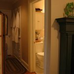  The bath and dressing area of the Cottage Nook