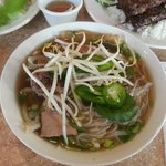 Pho Ð79 Dac Biet - Noodle soup with all sorts of meat