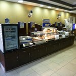 Holiday Inn Express Hotel & Suites Lake Elsinore Foto