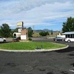  Welcome to the Knights Inn Panguitch