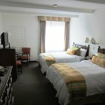  Double bed room (521)