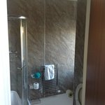 Shower room in Room 6