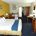 Φωτογραφία: Holiday Inn Express Hotel & Suites Nashville - I-40 & 1-24 (Spence Lane)