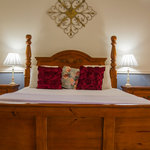  Romantic Reinscourt Spa Suite