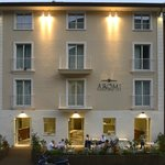 Aromi Piccolo Hotel