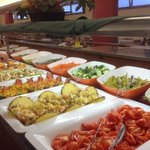 lunch salad bar
