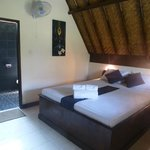 room vue, very clean and comfortable bed with sofa and hot fresh water