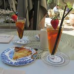  Ice Tea and apple pie