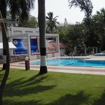  Pool with concession (charge your room), attendants, towlels, chairs and spa.