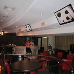FORUM  -  LOUNGE  -  PIANO BAR