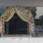  The wedding entrance