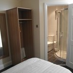 Newly Refurbished en-suite