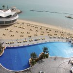 Swimming Pool & Beach