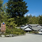 Clayoquot Orca Lodge