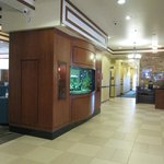  Lobby area - full business center