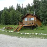  Lodging! Cute cabin all to yourself!