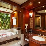  Traditional Thai Bathroom