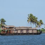  The Royal Houseboat
