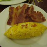 breakfast omelette with bacon