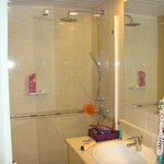  upgraded room shower