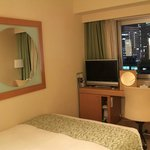  facilities in Bright Single Room &amp; night-view from room