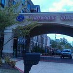 Comfort Suites entrance in Tupelo, MS