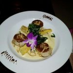  Scallops w/Pear Gorgonzola Ravioli