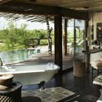 Singita Boulders Lodge Bathroom