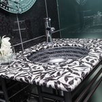 Onyx Suite Powder Room