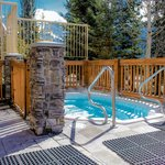 Hot tub (mountainview)